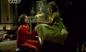 Кадр из видеоклипа Grace Kelly