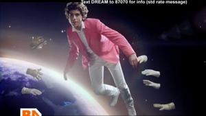 Кадр из видеоклипа Happy Ending